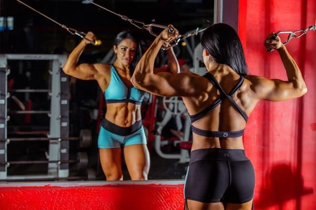 Choosing the Best BCAAs for Women